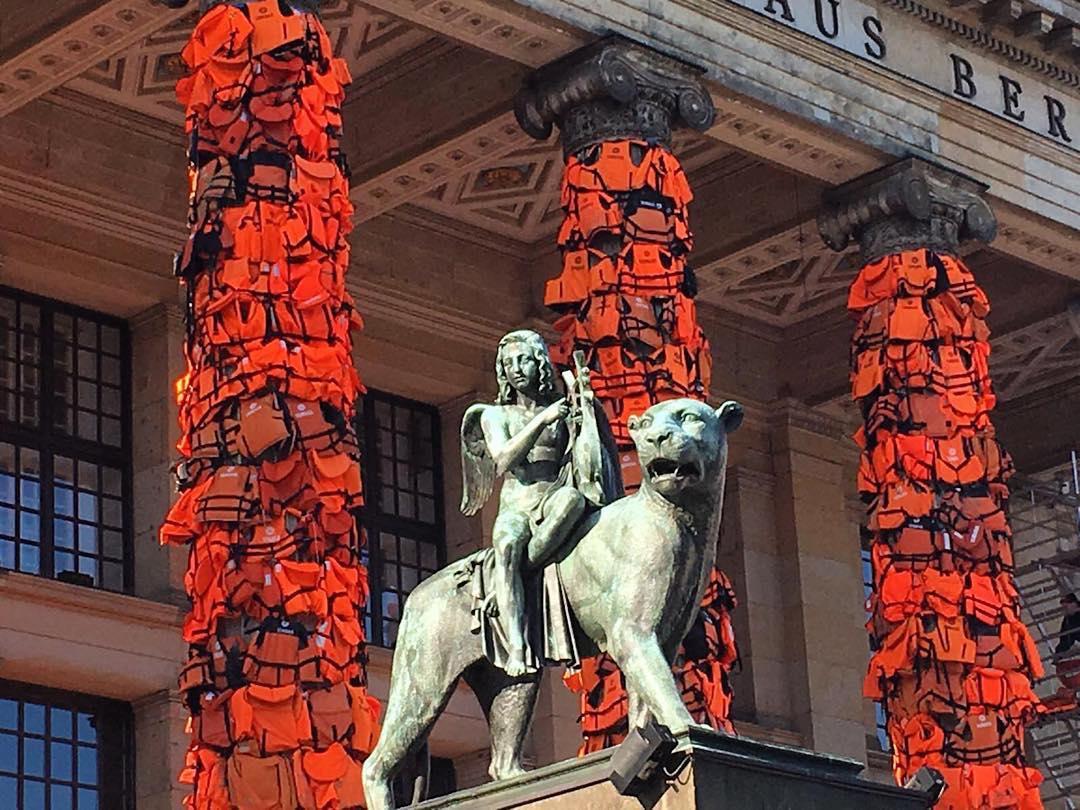 Weiwei lifejackets Berlin kunst
